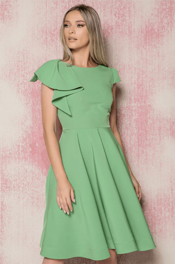 Rochie eleganta MBG verde cu buzunare si volane maxi la umar