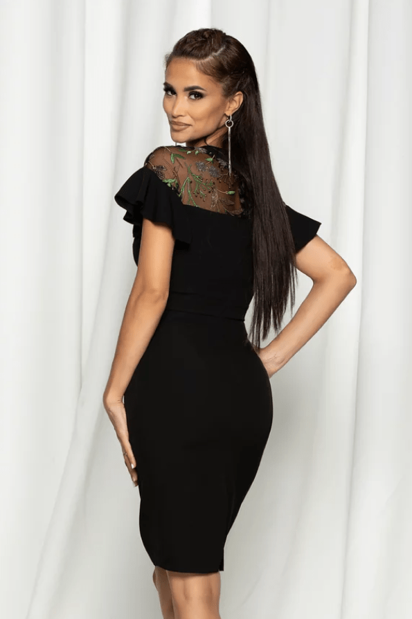 Rochie eleganta neagra cu flori 3D si dantela la bust