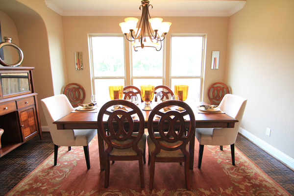 Drake Homes Inc - dining room