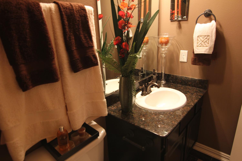 Drake Homes Inc bathroom