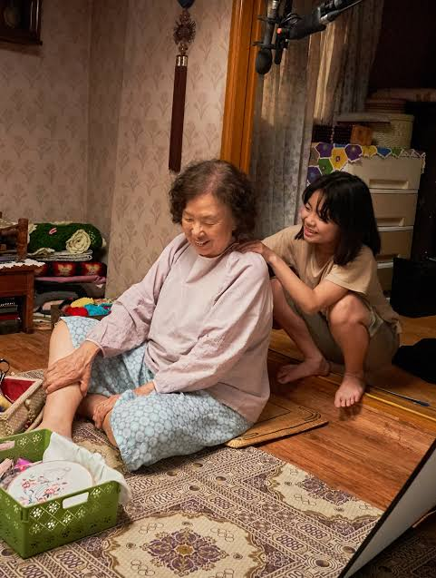 Gong joo memijat nenek Mal soon