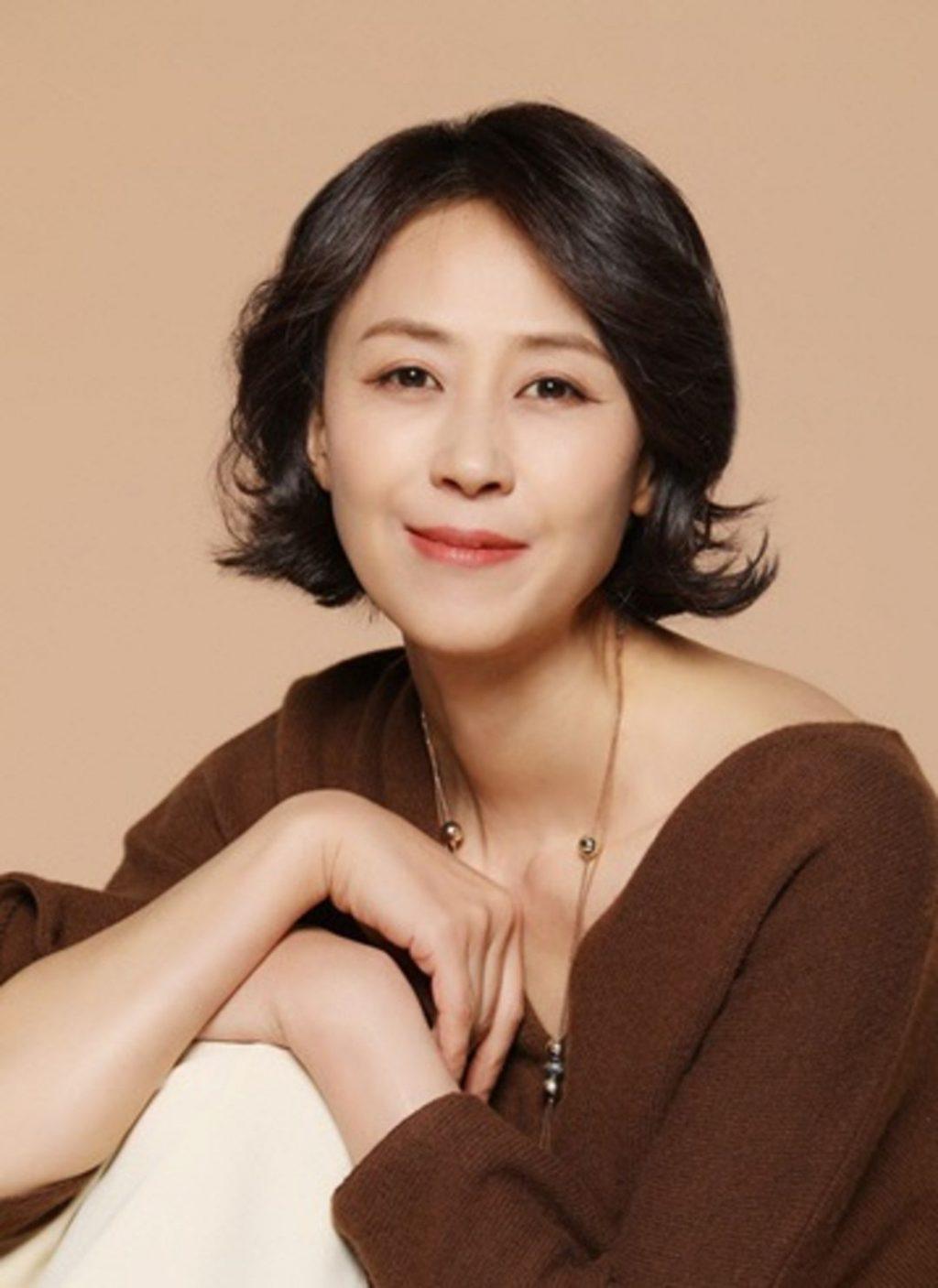 Yoon Bok In