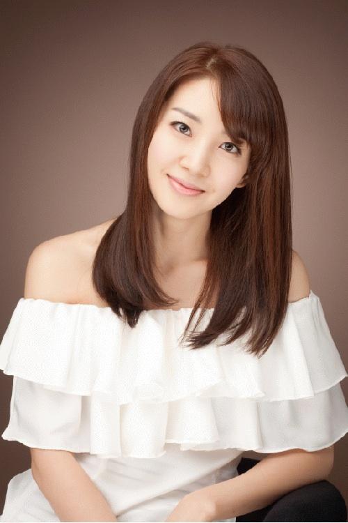 Lee Ah Hyun 1