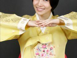 Profil Lengkap Moon Bo-Ryung