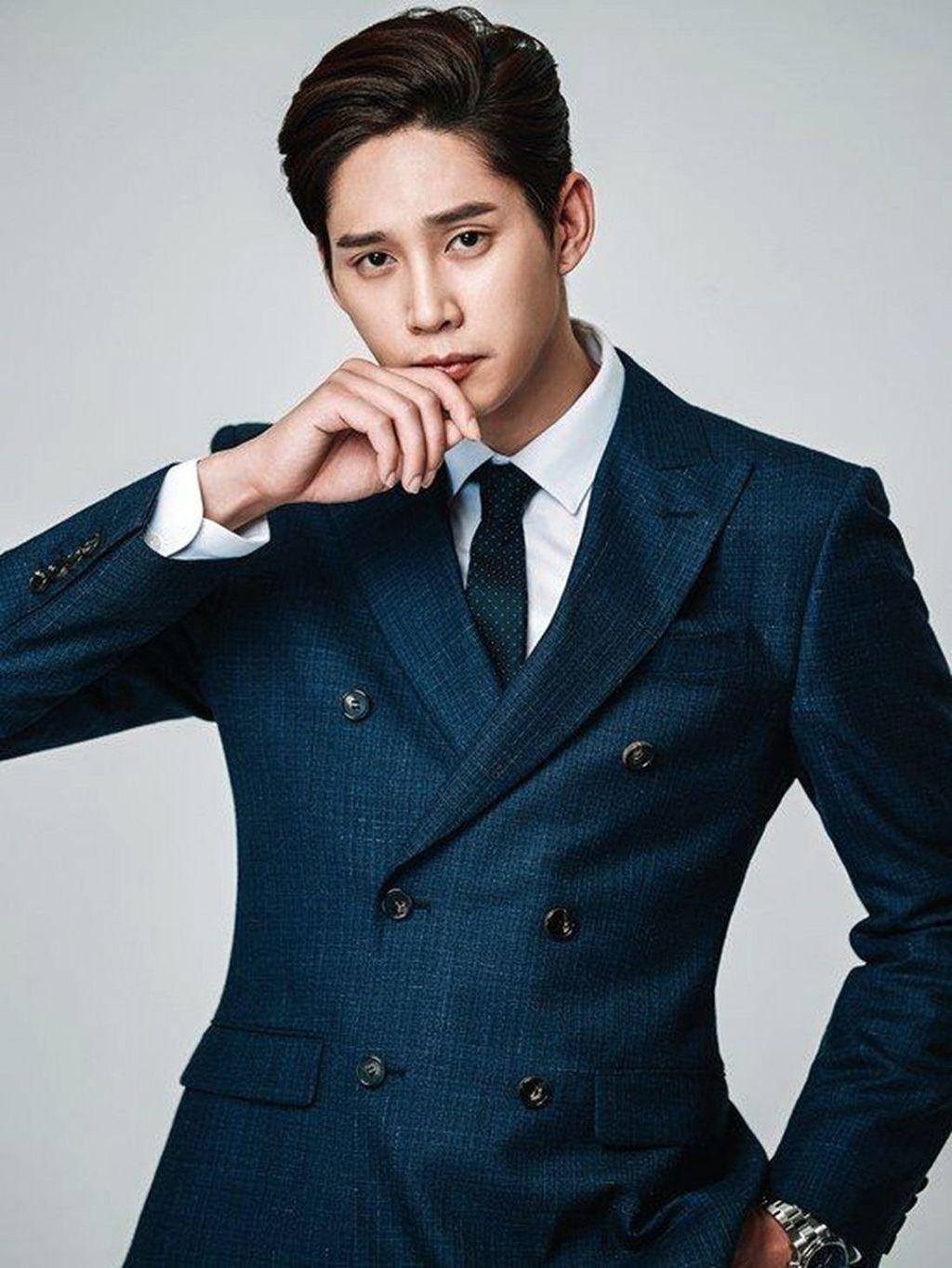Park Sung Hoon sebagai Seo Kong Myung