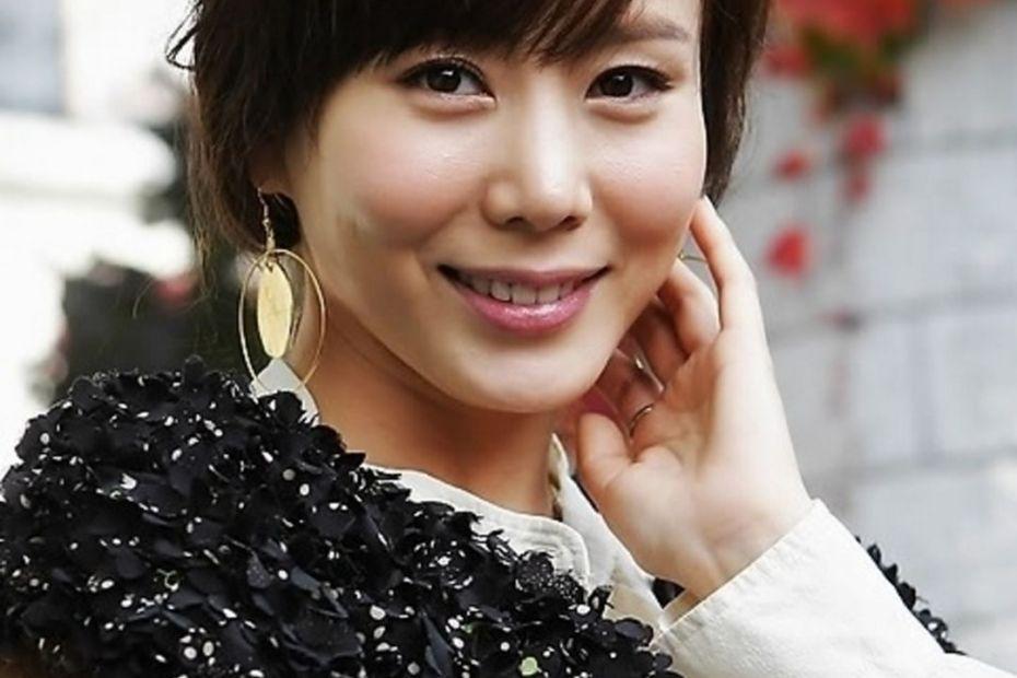 Park Ye Jin5