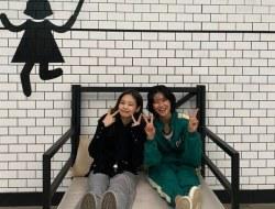 Salah Satu Pemeran Utama Drama Series Squid Game Jung Hoyeon Bagikan Interaksi Terbarunya dengan Sahabatnya Jennie BLACKPINK