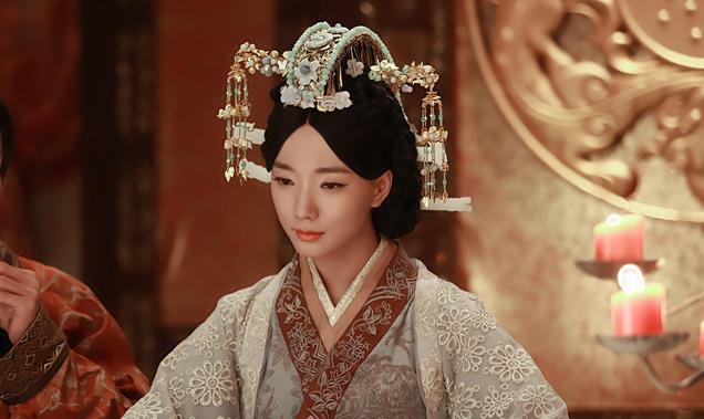 Wang Luo Dan as Wei Zi Fu