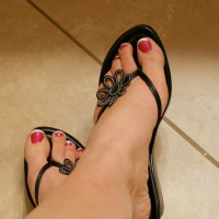 Fabulous Feet Friday (Strawberry Shortcake toes)
