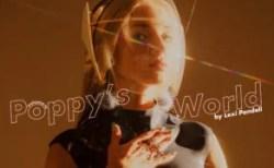 ThatPoppy (ポピー )人気海外歌手のブリーチ・ブロンド・ベイビー