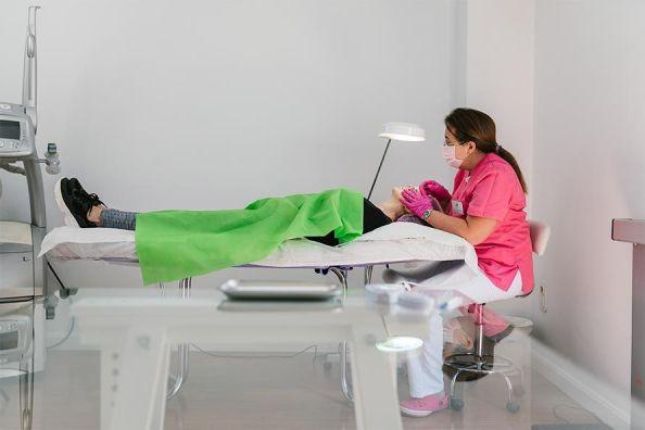 flacidez facial en la clinica de valencia y liria