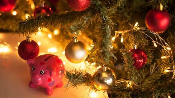 Скачать бесплатно картинки на рабочий стол Новый год свиньи