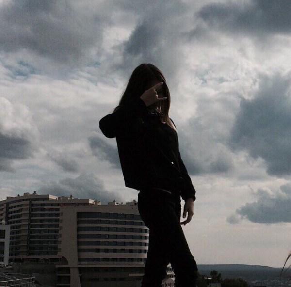 На крыше фото без лица на аву - подборка аватарок