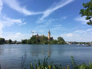 Blick von Süden zum Schweriner Schloss