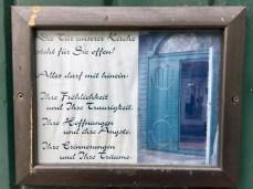 Schild an der Kirche in Sieber