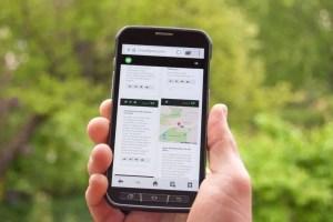 Smartphone unterwegs - Alle Tourinfos dank Digitalisierung immer parat