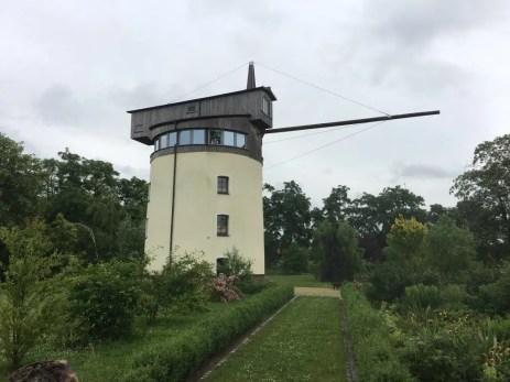 Der Turmkran an der Elbe bei Merschwitz