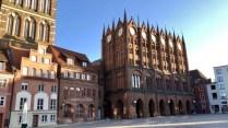 Das historische Rathaus in der Hansestadt Stralsund