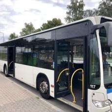 Das Bus-Shuttle für die Radfahrer, die durch den Herrentunnel in Lübeck möchten