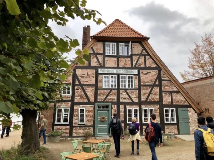 Das alte Fährhaus Rothenhusen am Ratzeburger See