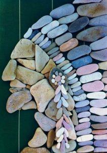 لوحة من الحجارة عن الهنود الحمر