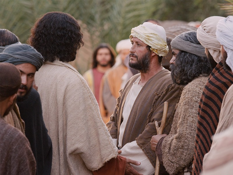 5 examples of how Jesus showed his love for the poor
