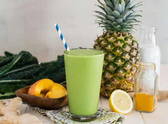Tropical Turmeric Cleanser Green Smoothie
