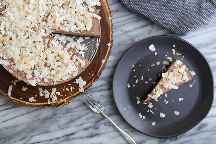 Vegan coconut cocoa cheesecake - Dr. Axe