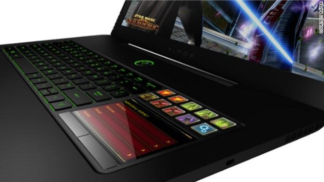 130102075233-razer-laptop-story-top