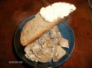 liver in bowl w bread