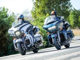 Im Vergleichstest zwischen E-Glide Ultra Limited und Road Glide Limited wird geklärt, welcher Harley-Tourer der bessere ist
