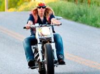 Chris züchtet Igel, mag aber auch Motorräder, besonders ihr eigenes