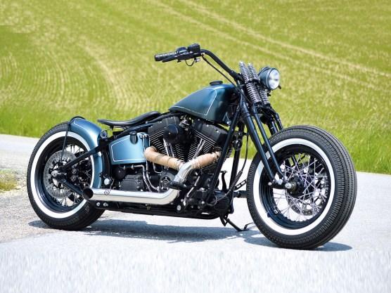 Auch auf relativ moderner Basis lassen sich Bikes im klassischen Bobber-Look aufbauen