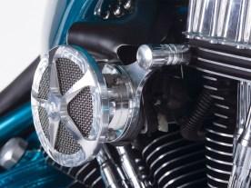 Eigenanfertigungen und Kaufteile wie der Luftfilter von Cycle Kraft ergänzen sich zu einem stimmigen Ganzen