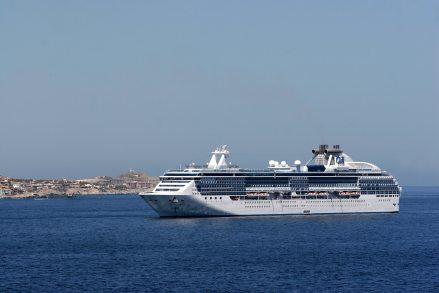 cruise-cruise-ship-ocean-260584