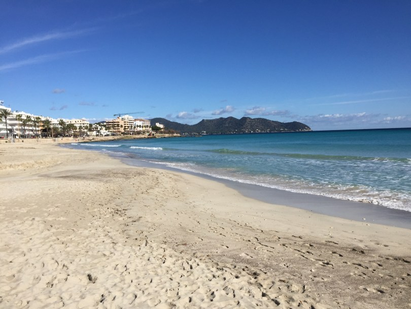 Großer Mallorca Sandstrand in Cala Millor