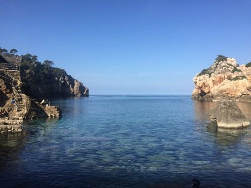 Cala Deià an der Westküste von Mallorca
