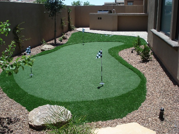 Custom Putting Greens for Backyards by Dream Retreats on Putting Green Ideas For Backyard id=52509