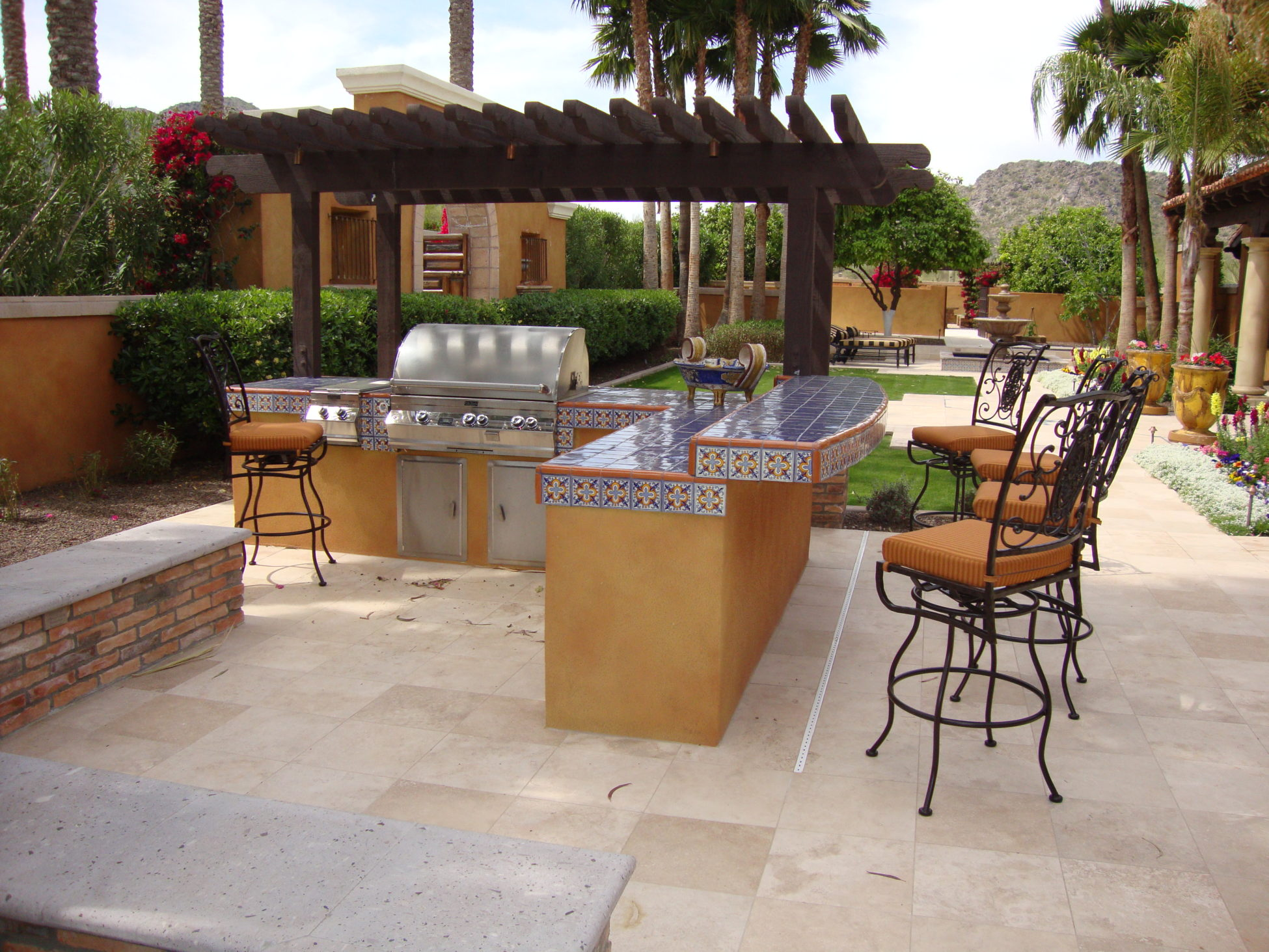Arizona Outdoor Kitchens Are Great Addition To Backyard Fun! on Outdoor Kitchen Patio id=18252