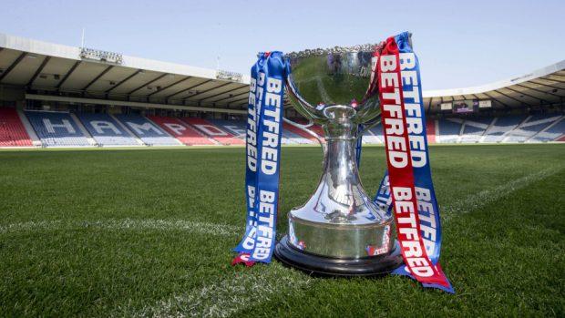 Should the Scottish FA & SPFL merge into one body