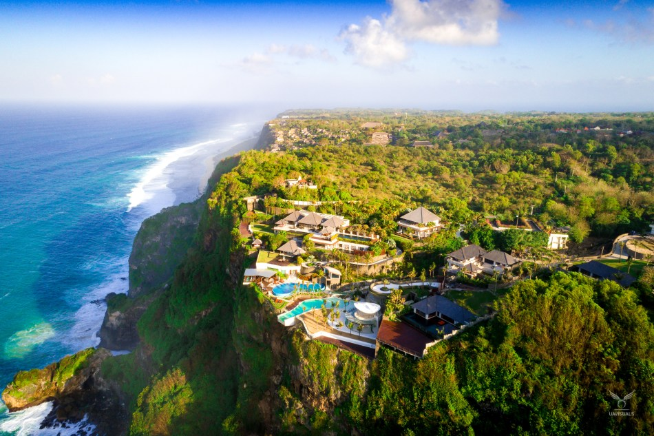 The Edge, Uluwatu in Bali. One of the world's best infinity pools on the edge of the cliff.