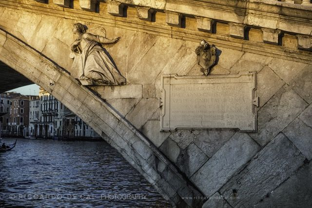 Detail on the iconic Rialto Bridge over the Grand Canal