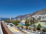 Holiday-Rent-Los-Giagntes-2-bedroom-Tenerife-Large-Terrace-Ocean-View-Modern3
