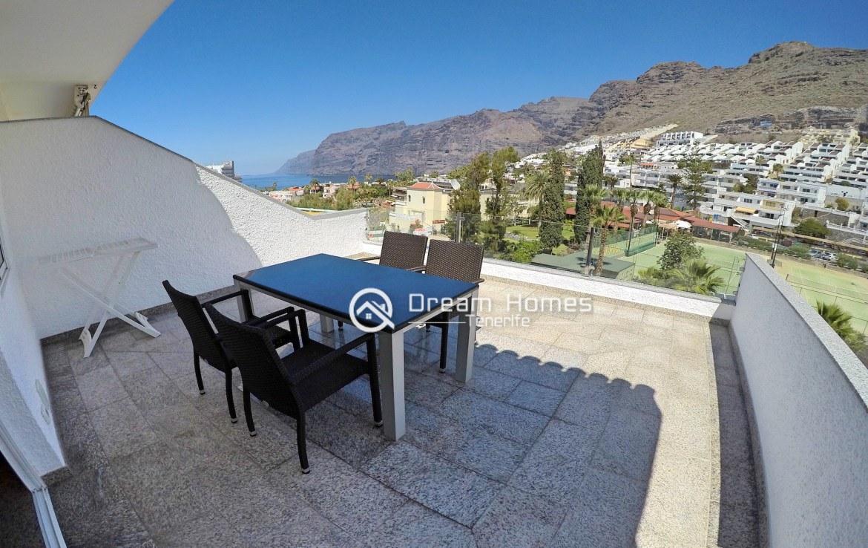 Hibisco II Two Bedroom Apartment, Los Gigantes Terrace Real Estate Dream Homes Tenerife