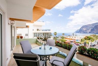 Concanasa Two Bedroom Apartment, Los Gigantes Terrace Real Estate Dream Homes Tenerife