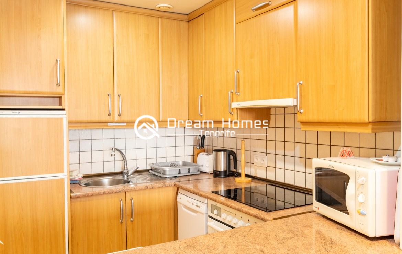Balcon Gigantes II One Bedroom Apartment Puerto de Santiago Kitchen Real Estate Dream Homes Tenerife