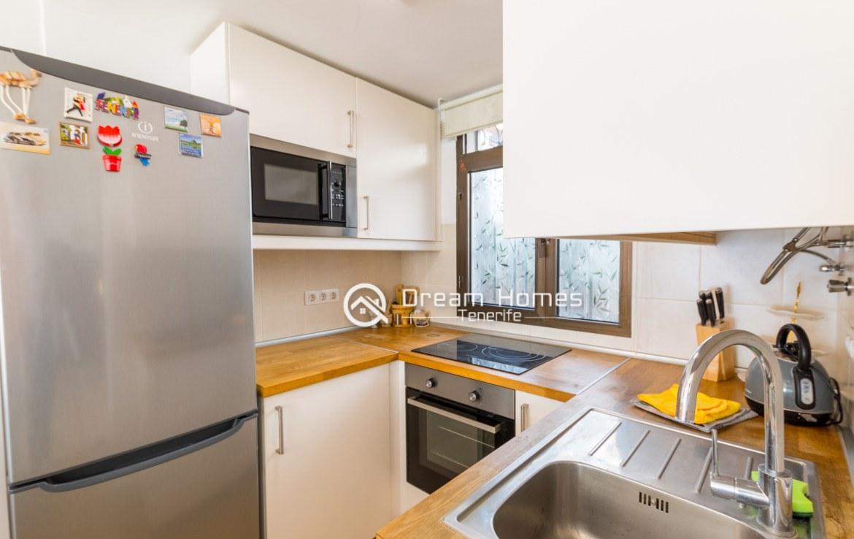 Casablanca Two Bedroom Apartment, Los Gigantes Kitchen Real Estate Dream Homes Tenerife