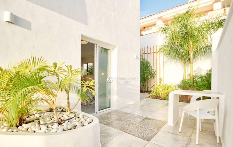 Luxury 8 Bedroom Holiday Villa Green Area Real Estate Dream Homes Tenerife
