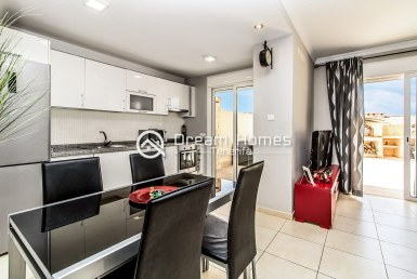 For Sale Three Bedroom Townhouse Eurohouse Dining Area Real Estate Dream Homes Tenerife