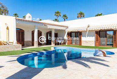 Blue Dream Villa With Private Pool Swimming Pool Real Estate Dream Homes Tenerife